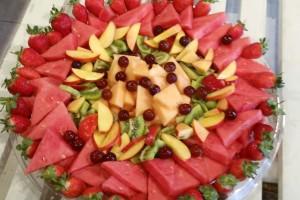 מגשי אירוח מתוקים - פלטת פירות